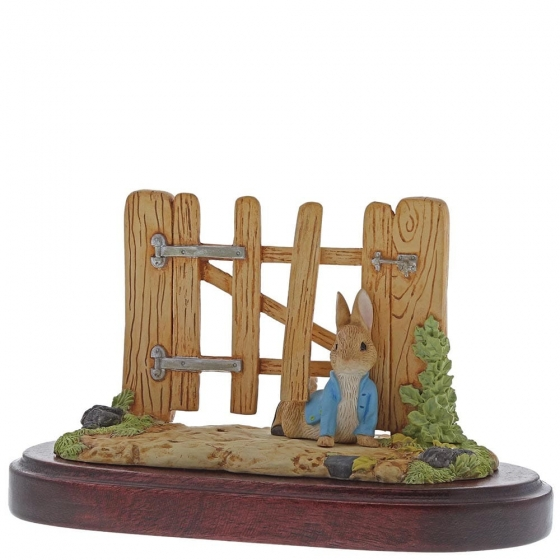 Peter Rabbit Squeezed Under Gate Members Only Figurine